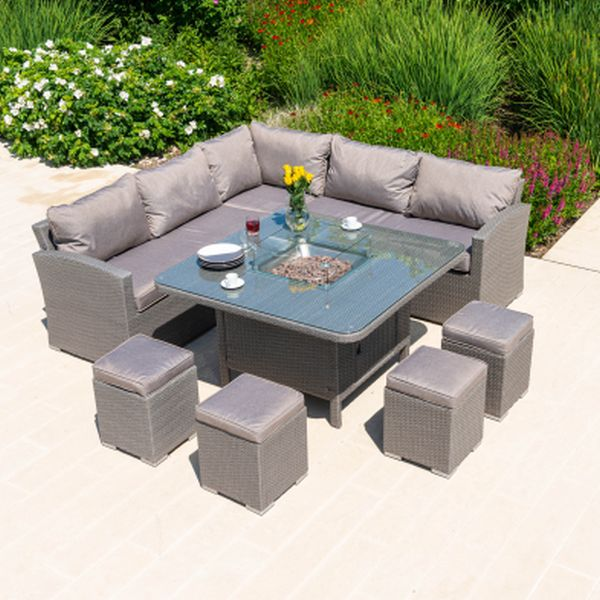 Keswick Casual Dining set with firepit