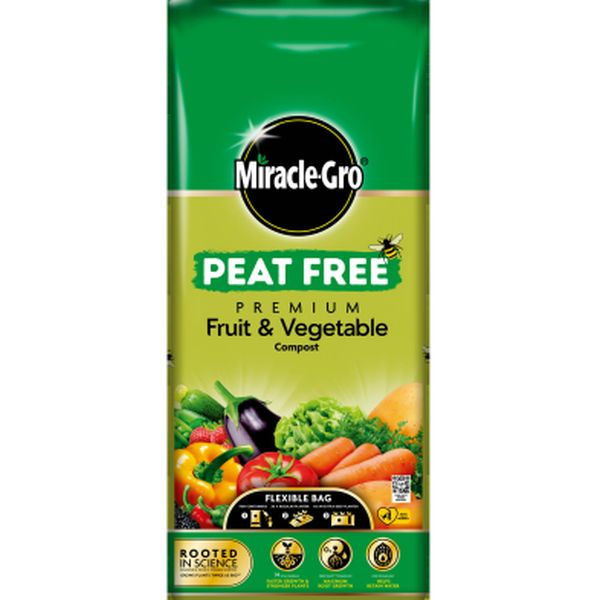 MIRACLE-GRO® PEAT FREE PREMIUM FRUIT & VEGETABLE COMPOST 42L